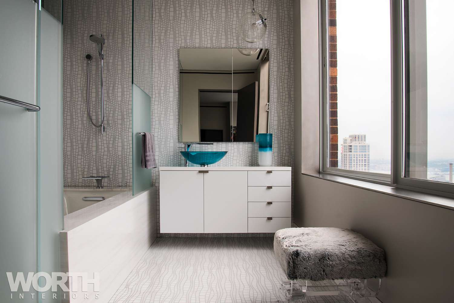 Manhattan Bathroom with turquoise details 11