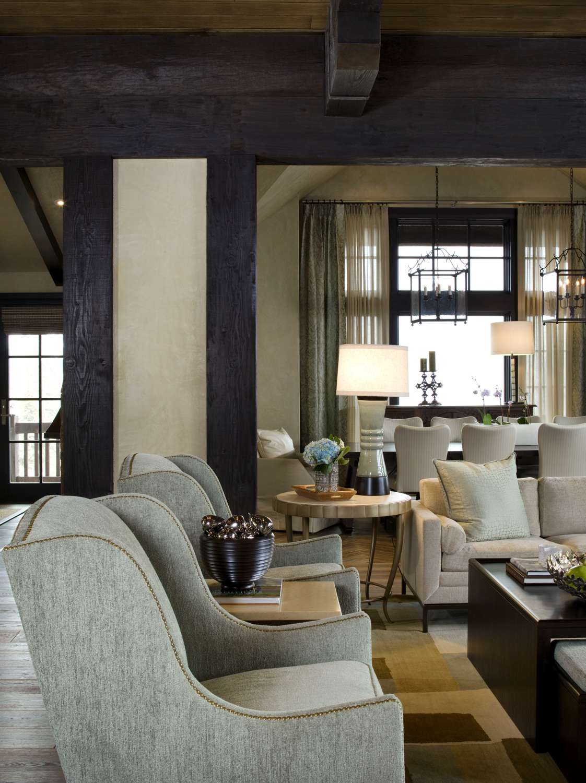 Amine Livingroom