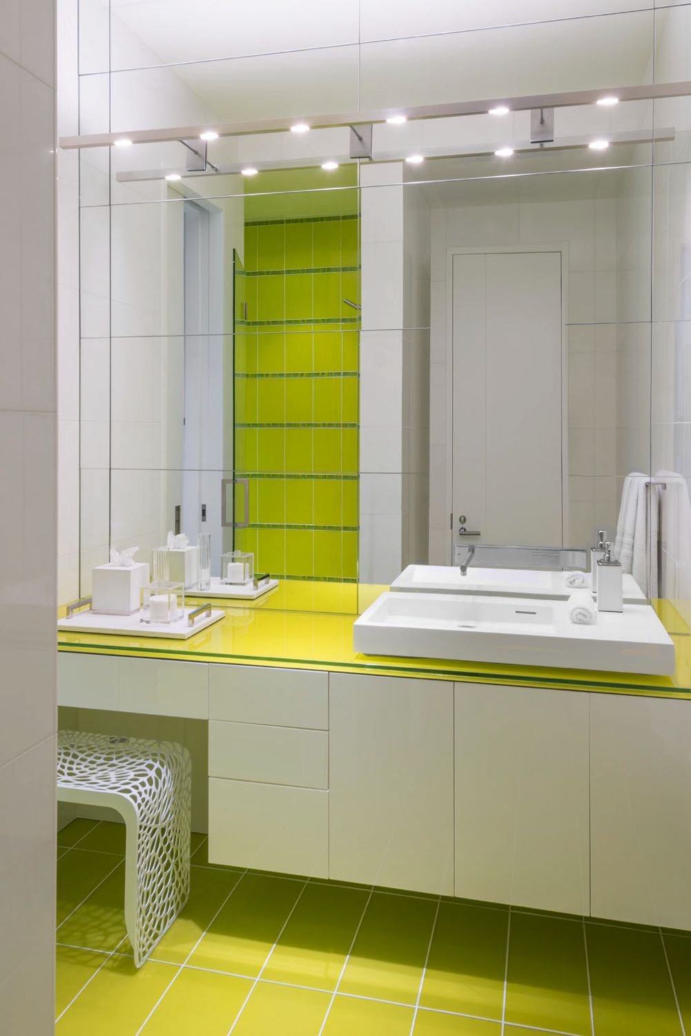 Bridgehampton Yellow Bathroom