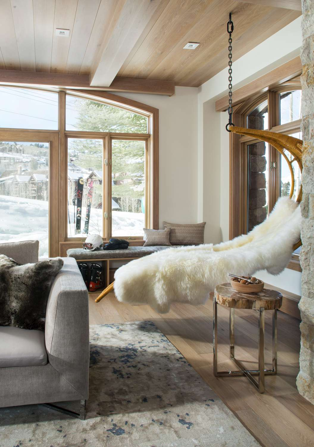 Mountain Living Snow Cloud Living Room 06